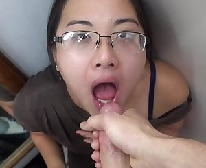 Public Dressing Room throatfuck BLOWJOB sukisukigirl @andregotbars