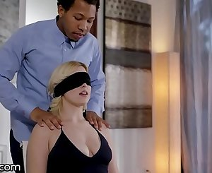 XEmpire Husband Gives Thick Blonde Wife A Gift! Another Man's BBC!