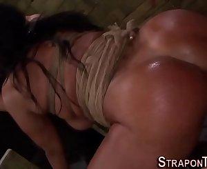 Fetish mistress bang les