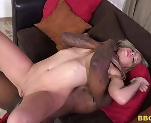Madelyn Monroe Tries Anal with Black dick